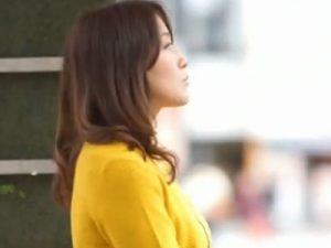 【ナンパ熟女動画】超綺麗な素人の巨乳美人妻を捕獲してホテルで濃厚SEX!
