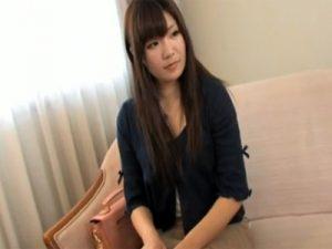 【若妻熟女動画】美白素人妻さんを捕獲してセックスレスだった身体に激ハメ中出しSEX!