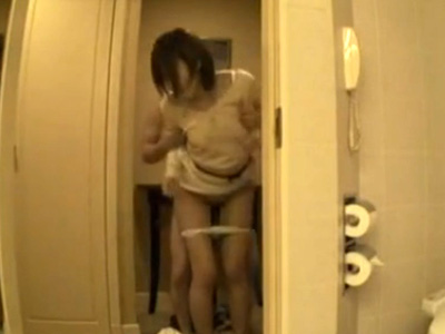 【三十路熟女動画】ラブホで綺麗な美人奥様がエッチが終わった後にもう1回とおねだりしてハメ撮りSEX!