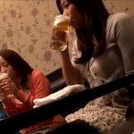 【ナンパ熟女動画】街中で酔っ払ってる30代素人の美人奥様たちを捕獲…ラブホに連れ込み中出しハメ撮り成功!