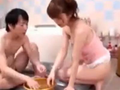 【無修正熟女動画】三十路の綺麗な美人巨乳ソープ嬢が極上マットプレイで中出しSEX!