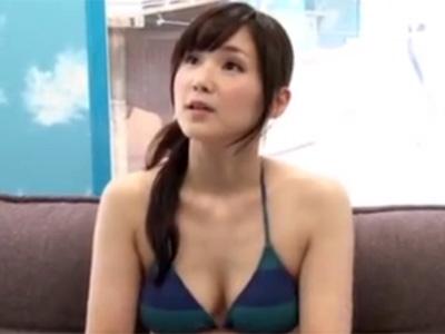 【ナンパ若妻熟女動画】ビーチで発見した20代素人のビキニ巨乳奥様をMM号に連れ込み童貞君の筆おろしセックス!