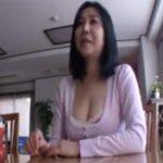 【五十路熟女動画】Eカップ巨乳の素人ムッチリ奥さんがAV出演…旦那の事を忘れ本気セックスでヨガる!