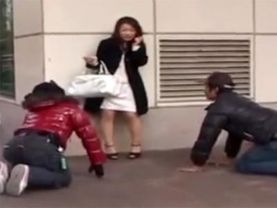 【ナンパ熟女動画】街中で三十路の美人奥さんが土下座に騙されラブホに着いて行った結果…中出しセックス!