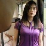 【三十路熟女動画】ナンパ目的で電車に乗った美人奥さんが出会った男と即ラブホで濃厚セックス!