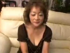 【五十路熟女動画】還暦間近の大阪おばちゃんがAV出演…関西弁で喘ぐ初撮り中出しセックス!