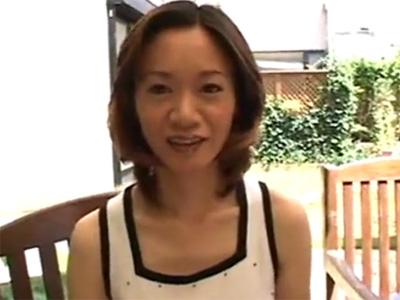 【無修正熟女動画】普通のセックスでは満足出来ない30代の巨乳素人妻がAV出演…男優の激しい腰使いに絶頂!