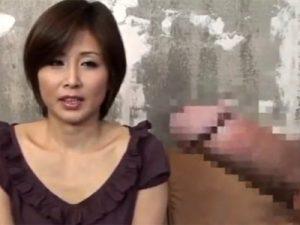 【三十路熟女動画】センズリ鑑賞のエロ企画に参加する美人妻…オナニー見るだけでは我慢出来ず本番行為!