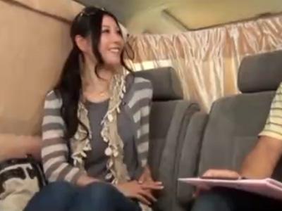 【ナンパ熟女動画】おっとり系の30代素人のセレブ妻を捕獲…偽アンケートで騙して中出しセックス!