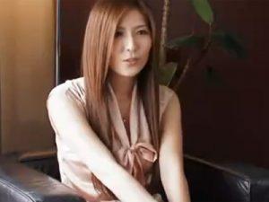 【若妻熟女動画】29歳素人の歯科医の綺麗な巨乳美人奥様がAV出演…初脱ぎでハメ撮りセックス!