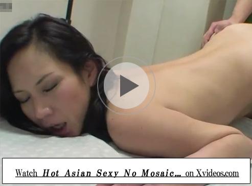 【無修正熟女動画】40代には見えない素人巨乳美人奥様がAV出演…初撮りで中出しセックス!
