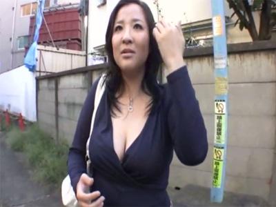 【三十路熟女動画】エッチ大好きな37歳のぽっちゃり爆乳奥様がAV出演…他人棒で汗だく濃厚セックス!