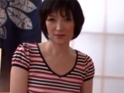 【四十路熟女動画】黒パンスト美人巨乳奥さんがAV出演…積極的にチンポをしゃぶって濃厚セックス!