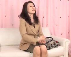 【熟女 貧乳 動画】50代素人貧乳人妻を謝礼で釣ってAV撮影に参加させて中出しSEX!