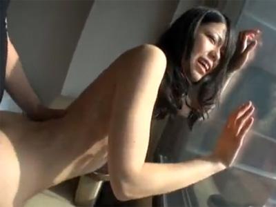 【ナンパ熟女動画】性欲旺盛な30代素人の清楚貧乳美人妻をシティホテルに連れ込み濃厚セックス!