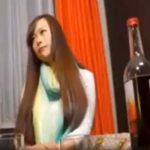 【ナンパ熟女動画】30代のモデル級に綺麗な素人妻を口説き落として捕獲…シティホテルに誘い込み中出しSEX!