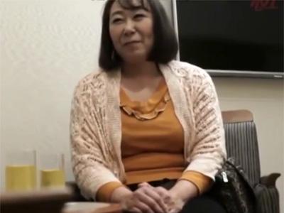 【ナンパ熟女動画】「こんな私でいいのかしら?」58歳素人のムッチリ巨乳奥さんをラブホで口説き濃厚ファック!
