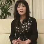 【無修正熟女動画】五十路素人の美熟女おばさんが2回目のAV出演…濃厚中出しセックスに満足!