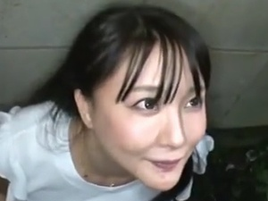 【SEX熟女動画】メチャカワ主婦の口に肉棒をぶち込み精液をブチマケテ飲ませたる!!!