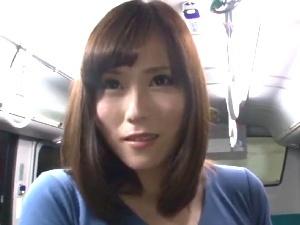 【SEX熟女動画】レXプ欲望のある「べっぴん奥様」!犯されたい…それも激しく・・・バス輪姦!!!
