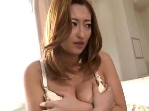 【SEX熟女動画】爆乳な妖艶妻の弱みにつけ込み無理矢理犯す!