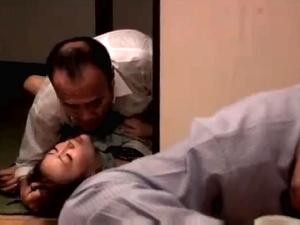 【SEX熟女動画】寝取られた花嫁 ~結婚式場で、そして自宅で抱かれ膣内射精~