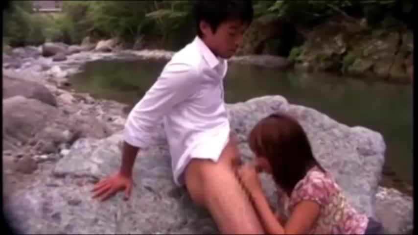 【SEX熟女動画】超絶巨乳な美人な熟女と野外で絡み合うねっとり青姦セックス!パイズリやフェラで奉仕させ挿入。オッパイを揺らし喘ぎまくり!