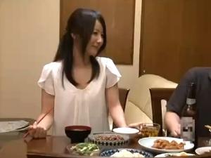 【SEX熟女動画】妊娠中の姉貴と種付け近親相姦!姉を夜這いする弟!