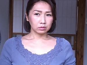 【SEX熟女動画】熟れたマ●コは白昼から疼く… 発情オバハン達の激しい性交映像!!!