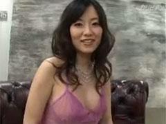 【SEX熟女動画】熟女の飛び散る潮吹き