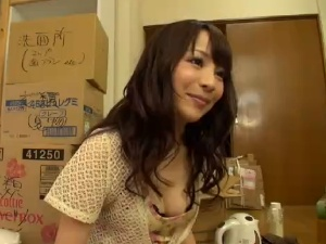 【SEX熟女動画】引越しの手伝いに来てくれたママ友と妻に内緒でエッチ