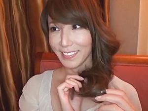 【SEX熟女動画】妖艶な40代美人な熟女マダムのお水っぽいセクロスシーン!