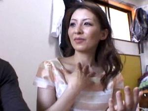 【SEX熟女動画】31歳美人熟女が凄いこと!刺激的な色香フェロモンを放つアラサーシロウト妻