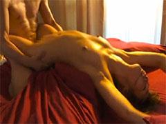 【SEX熟女動画】痙攣しながらえび反りオーガズムする人妻のイキっぷりが凄い浮気SEXムービー