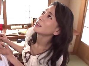 【SEX熟女動画】歳を増すごとに綺麗に、そして卑猥になっていく友達の美熟ママと完全交尾!!!