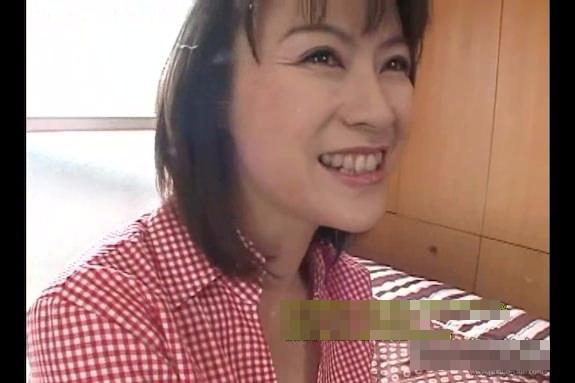 【SEX熟女動画】不倫相手の特大ペニスの虜になった五十路人妻の淫乱すぎる種付けSEX!