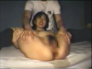 【SEX熟女動画】目隠し&ボールギャグを付けた巨乳熟女のマンコを、激しい責めでかき回すハメ撮りSM拷問。