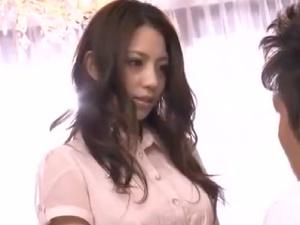 【SEX熟女動画】マゾな巨乳妻!激しいセクロスを求めて男と不倫!ハードコア!